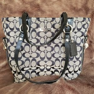 Coach Gallery Signature Zip Tote
